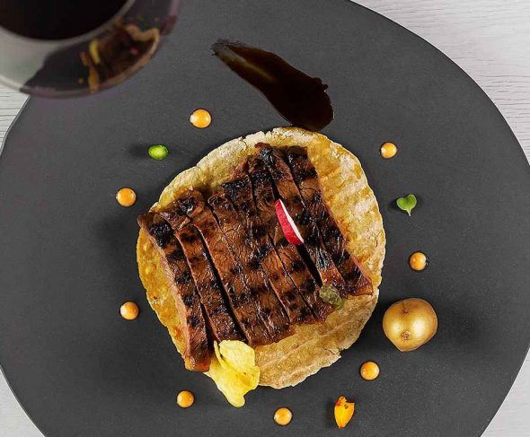 TATAKI OF BULL BEEF CHOP WITH PIQUILLO PEPPER MAYONNAISE